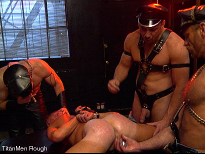 Photo number 15 from FIST DOGS (2 of 4) shot for TitanMen Rough on Kink.com. Featuring Mike Roberts, Keith Webb, Harold Creg, Core Andrews and Marc Masterson in hardcore BDSM & Fetish porn.
