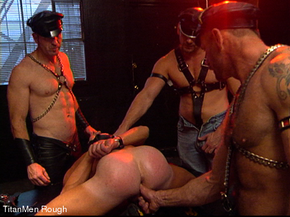 Photo number 26 from FIST DOGS (2 of 4) shot for TitanMen Rough on Kink.com. Featuring Mike Roberts, Keith Webb, Harold Creg, Core Andrews and Marc Masterson in hardcore BDSM & Fetish porn.