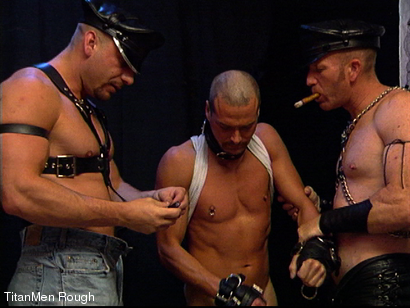 Photo number 28 from FIST DOGS (2 of 4) shot for TitanMen Rough on Kink.com. Featuring Mike Roberts, Keith Webb, Harold Creg, Core Andrews and Marc Masterson in hardcore BDSM & Fetish porn.