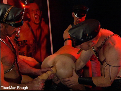 Photo number 31 from FIST DOGS (2 of 4) shot for TitanMen Rough on Kink.com. Featuring Mike Roberts, Keith Webb, Harold Creg, Core Andrews and Marc Masterson in hardcore BDSM & Fetish porn.