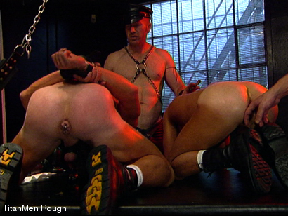 Photo number 35 from FIST DOGS (2 of 4) shot for TitanMen Rough on Kink.com. Featuring Mike Roberts, Keith Webb, Harold Creg, Core Andrews and Marc Masterson in hardcore BDSM & Fetish porn.