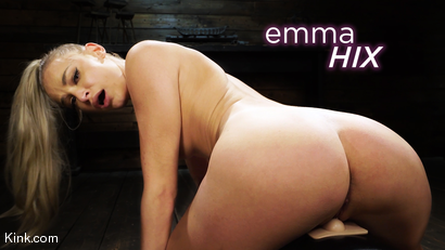 Emma Hix: Hot Blonde Gets Machine Fucked Live