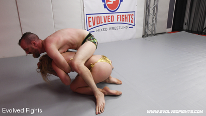 Chad Diamond and Riley Reyes in Male vs Female Sex Fighting