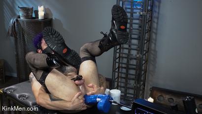 Photo number 6 from Corbin Dallas Is The Sneak shot for Kinky Bites Men on Kink.com. Featuring Corbin Dallas in hardcore BDSM & Fetish porn.