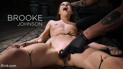 Fresh Meat: Brooke Johnson Makes Her Kink.com Debut on Device Bondage!