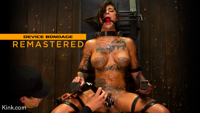 Bonnie Rotten - Uncontrollable Squirting Orgasms