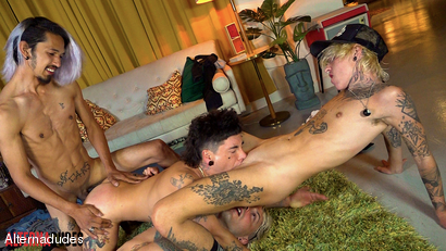 Tatted 4-Some With FTM Dude 2: The Rise of Rave - RAW