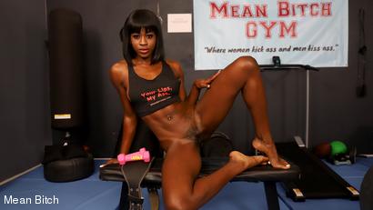 Mean Personal Trainer - Nicole Kitt