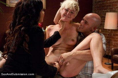 Photo number 5 from Summer Job for a Whore shot for Sex And Submission on Kink.com. Featuring Chloe Camilla, Derrick Pierce and Isis Love in hardcore BDSM & Fetish porn.