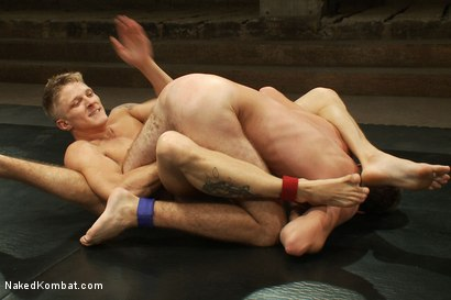 Photo number 7 from Phillip Aubrey vs Matthew Singer shot for Naked Kombat on Kink.com. Featuring Phillip Aubrey and Matthew Singer in hardcore BDSM & Fetish porn.