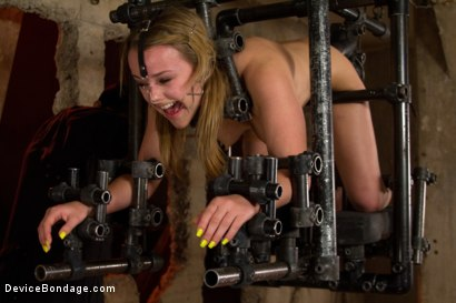 Photo number 13 from This Little Piggy Can Fly shot for Device Bondage on Kink.com. Featuring Jessie Cox in hardcore BDSM & Fetish porn.