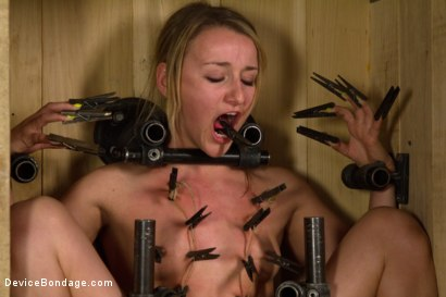 Photo number 6 from Dirty, Dirty Whore shot for Device Bondage on Kink.com. Featuring Jessie Cox in hardcore BDSM & Fetish porn.