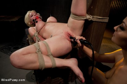Photo number 13 from My Apologies shot for Wired Pussy on Kink.com. Featuring Ms Kim and Devon Taylor in hardcore BDSM & Fetish porn.