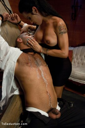 Photo number 7 from A Taxi Driver's Tour of the Armory; <br> The FULL tour shot for TS Seduction on Kink.com. Featuring TS Foxxy and Leo Forte in hardcore BDSM & Fetish porn.