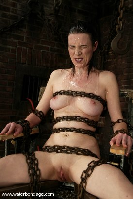 Photo number 10 from Anastasia Pierce shot for Water Bondage on Kink.com. Featuring Anastasia Pierce in hardcore BDSM & Fetish porn.