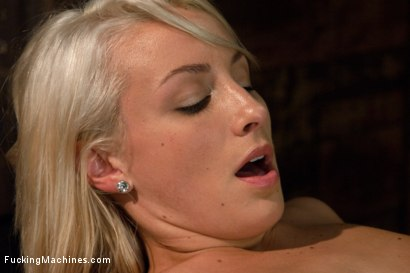 Photo number 4 from Swallow it Whole like a Good Pussy Would shot for Fucking Machines on Kink.com. Featuring Lexi Swallow in hardcore BDSM & Fetish porn.
