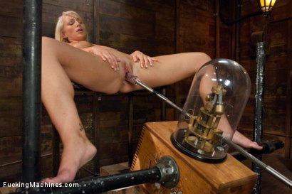 Photo number 3 from Swallow it Whole like a Good Pussy Would shot for Fucking Machines on Kink.com. Featuring Lexi Swallow in hardcore BDSM & Fetish porn.