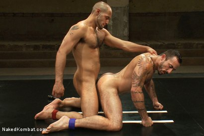Photo number 11 from Alessio Romero vs Leo Forte <br> The Oil Match shot for Naked Kombat on Kink.com. Featuring Alessio Romero and Leo Forte in hardcore BDSM & Fetish porn.
