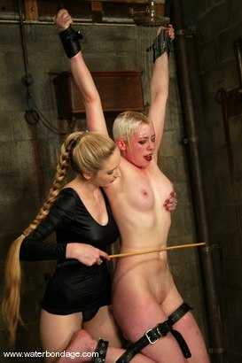 Photo number 10 from Lorelei Lee shot for Water Bondage on Kink.com. Featuring Lorelei Lee in hardcore BDSM & Fetish porn.