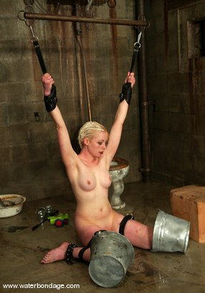Photo number 7 from Lorelei Lee shot for Water Bondage on Kink.com. Featuring Lorelei Lee in hardcore BDSM & Fetish porn.