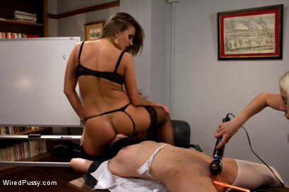 Photo number 3 from Nobody Likes an Ass Kisser shot for Wired Pussy on Kink.com. Featuring Lorelei Lee, Nika Noire and Kiera King in hardcore BDSM & Fetish porn.