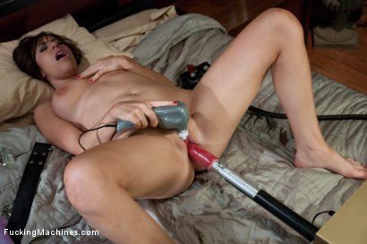 Photo number 6 from BlackMail Pays the Rent: Don't Piss of the CatSitter  shot for Fucking Machines on Kink.com. Featuring Sasha Sweet in hardcore BDSM & Fetish porn.