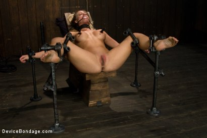 Photo number 5 from Blonde Hard Bodied Bombshell  Countdown to Relaunch-17 of 20 shot for Device Bondage on Kink.com. Featuring Holly Heart in hardcore BDSM & Fetish porn.