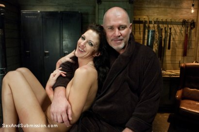 Photo number 15 from Revenge on Roxanne shot for Sex And Submission on Kink.com. Featuring Mark Davis and Roxanne Hall in hardcore BDSM & Fetish porn.