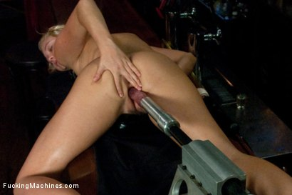 Photo number 12 from How MUCH Squirt can an 18yr old Machine Fucked Pussy Squirt? A Shot Glass full? A Pint Class?  shot for Fucking Machines on Kink.com. Featuring Jesse Andrews in hardcore BDSM & Fetish porn.