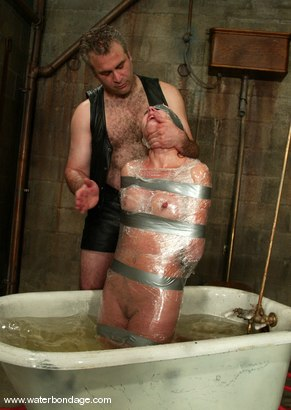 Photo number 3 from Ivy and Torque shot for Water Bondage on Kink.com. Featuring Ivy and Torque in hardcore BDSM & Fetish porn.