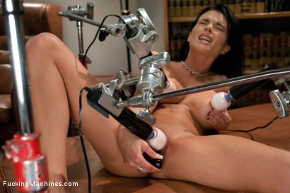 Photo number 5 from FuckingMachines Feature Classic: Overload: The Pussy, The Tits, The Ass, The Girl shot for Fucking Machines on Kink.com. Featuring Bailey Brooks in hardcore BDSM & Fetish porn.