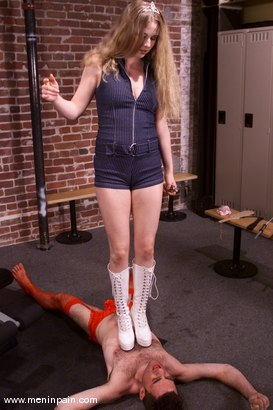 Photo number 4 from Joey Sommers and Princess Kali shot for Men In Pain on Kink.com. Featuring Joey Sommers and Princess Kali in hardcore BDSM & Fetish porn.