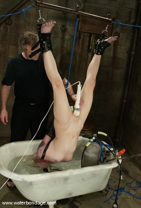 Photo number 12 from Lorelei Lee and Torque shot for Water Bondage on Kink.com. Featuring Lorelei Lee and Torque in hardcore BDSM & Fetish porn.