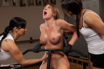Photo number 7 from Make Her Sweat shot for Wired Pussy on Kink.com. Featuring Amy Brooke, Isis Love and Sinn Sage in hardcore BDSM & Fetish porn.