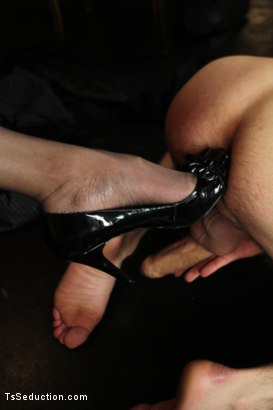 Photo number 7 from Ts Yasmin on a First Date <br> Your Ass Belongs to Her shot for TS Seduction on Kink.com. Featuring DJ and Yasmin Lee in hardcore BDSM & Fetish porn.