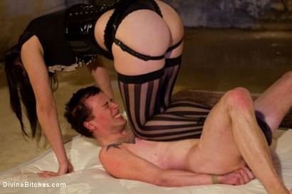 Photo number 15 from Breaking The Boy: Episode 1 shot for Divine Bitches on Kink.com. Featuring Bobbi Starr and Jessie Sparkles in hardcore BDSM & Fetish porn.
