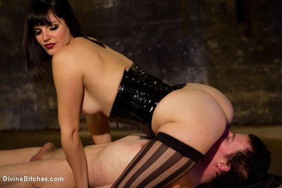 Photo number 9 from Breaking The Boy: Episode 1 shot for Divine Bitches on Kink.com. Featuring Bobbi Starr and Jessie Sparkles in hardcore BDSM & Fetish porn.