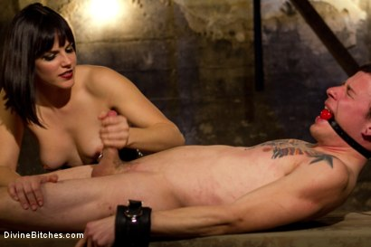 Photo number 6 from Breaking The Boy: Episode 1 shot for Divine Bitches on Kink.com. Featuring Bobbi Starr and Jessie Sparkles in hardcore BDSM & Fetish porn.