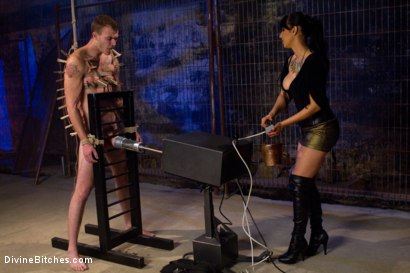 Photo number 3 from Christian Wilde shot for Divine Bitches on Kink.com. Featuring Isis Love and Christian Wilde in hardcore BDSM & Fetish porn.