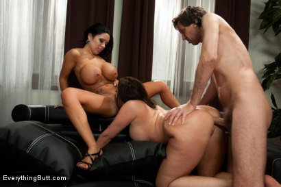 Photo number 12 from The Neglected Wife shot for Everything Butt on Kink.com. Featuring Kelly Divine, Sienna West and Steve Holmes in hardcore BDSM & Fetish porn.