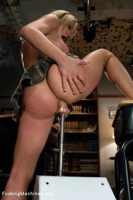 Photo number 9 from TRIPLE FUCKSALL ANAL AND PUSSY FUCKING  STRETCHED TO THE LIMIT shot for Fucking Machines on Kink.com. Featuring Amy Brooke in hardcore BDSM & Fetish porn.