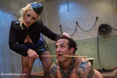 Photo number 5 from Dutch On Ice shot for Divine Bitches on Kink.com. Featuring Dia Zerva and Dutch Bardoux in hardcore BDSM & Fetish porn.