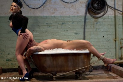 Photo number 8 from Dutch On Ice shot for Divine Bitches on Kink.com. Featuring Dia Zerva and Dutch Bardoux in hardcore BDSM & Fetish porn.