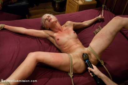 Photo number 12 from The Gold Digger shot for Sex And Submission on Kink.com. Featuring James Deen and Natasha Lyn in hardcore BDSM & Fetish porn.