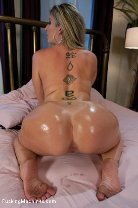 Photo number 5 from An Ass That You Want to Bury Your Face In <br> A Pussy That Swallows Cock shot for Fucking Machines on Kink.com. Featuring Sara Jay in hardcore BDSM & Fetish porn.