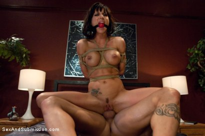 Photo number 13 from Gia Blackmailed shot for Sex And Submission on Kink.com. Featuring Derrick Pierce and Gia DiMarco in hardcore BDSM & Fetish porn.
