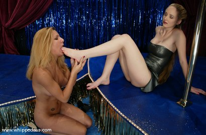 Photo number 7 from Jenni Lee and Chanta-Rose shot for Whipped Ass on Kink.com. Featuring Jenni Lee and Chanta-Rose in hardcore BDSM & Fetish porn.