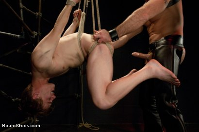 Photo number 9 from Worshiping Spencer Reed shot for Bound Gods on Kink.com. Featuring Spencer Reed and Noah Brooks in hardcore BDSM & Fetish porn.