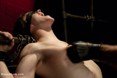 Photo number 1 from Worshiping Spencer Reed shot for Bound Gods on Kink.com. Featuring Spencer Reed and Noah Brooks in hardcore BDSM & Fetish porn.