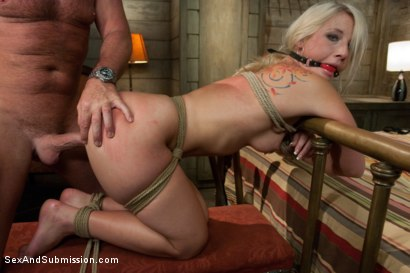 Photo number 9 from Cash for this Ass shot for Sex And Submission on Kink.com. Featuring Mark Davis and Kimmy Olsen in hardcore BDSM & Fetish porn.